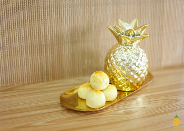 Melt in the Mouth Pineapple Tarts by Pineapple Tarts Singapore