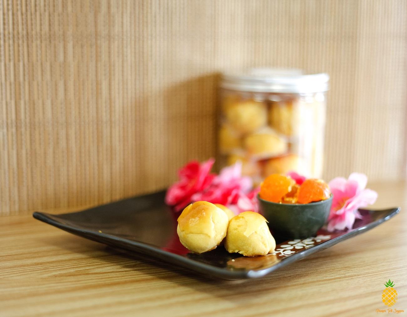 YOlkLO Salted Egg Pineapple Tarts - Pineapple Tarts Singapore